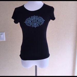 Velvet Tops - Small black t-shirt with beading
