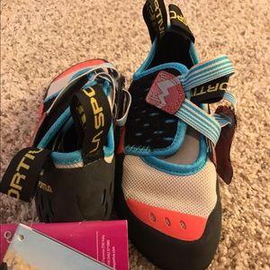 La Sportiv Shoes - NWT La Sportiva Oxygym Climbing Shoes Size 5.5