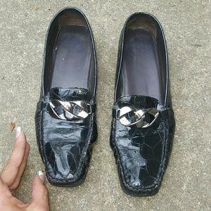 Stuart Weitzman Shoes - Stuart Weitzman black leather croco flats sz 9 SS