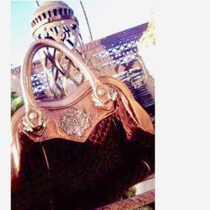 Isabella Fiore Handbags - ⚜️Sumptuous, ornate Isabella Fiore handbag⚜️