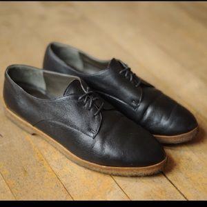 Vintage Black Leather Oxford Shoes