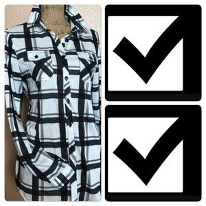 Passport Tops - Check out my cute black and white checked top