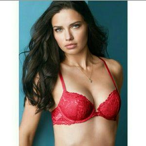 Victoria's Secret Other - EUC {Victoria's Secret} Sinfully Red Lace Demi