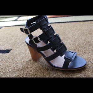 🎉SALE🎉Ladies double buckle chunky heels sandals