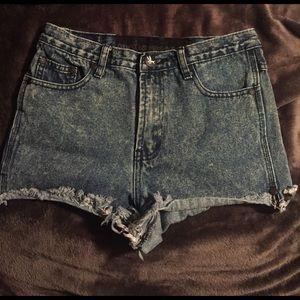 One Teaspoon Pants - One Teaspoon Acid Wash Jean Shorts