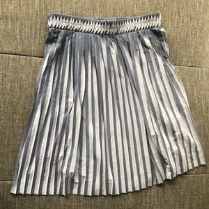 H&M Pleated Skirt Purple/Gray Size 6