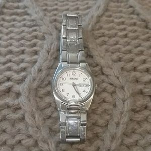 Seiko Accessories - Authentic Seiko Watch SXA113