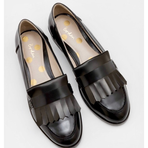 94a336b7159 Boden Shoes - ✨LIKE NEW! Boden Black Fringed Loafers