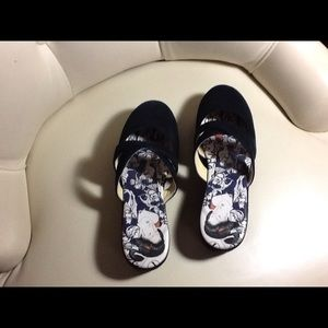 ICON Shoes - Icon black Asian motif suede mules.