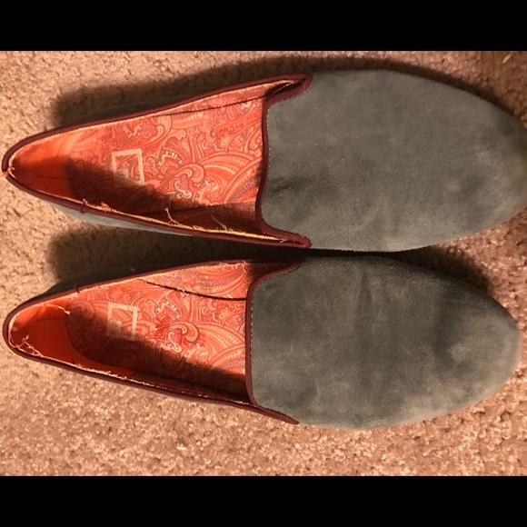 070d1de987c7 jcpenney Shoes - Jc Penney gray and purple lined loafer flats