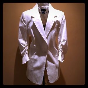Central Park West Jackets & Blazers - Central Park West White boyfriend fitted Blazer