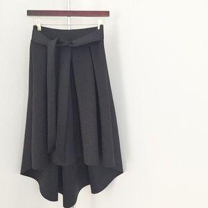 ⚡️SALE⚡️ Black Full Skirt.