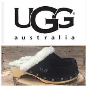 UGG Shoes - UGG Black Clogs Sheepskin Fur Lined Size 7