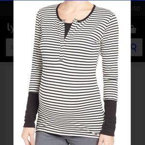LAB40 Tops - Lab 40 black and white striped nursing top