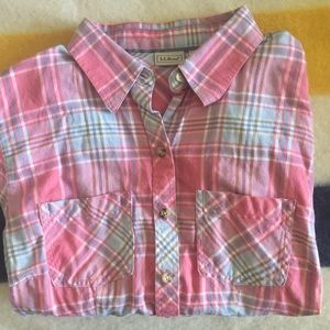 L.L. Bean Pink Plaid button-up long sleeves shirt