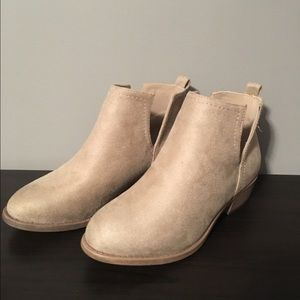 TC Shoes - Ankle Booties