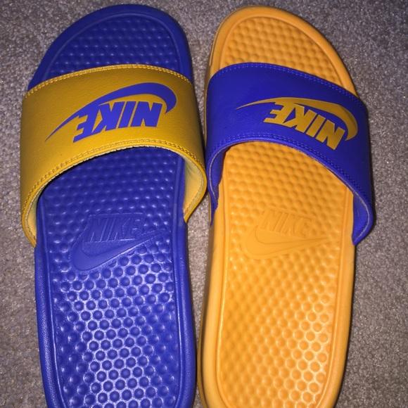 ddd118e3853 Men s Nike Benassi Just Do It Mismatch slides. M 58e2f37d3c6f9f33280268ec