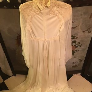 Vintage White Dress with appliqués