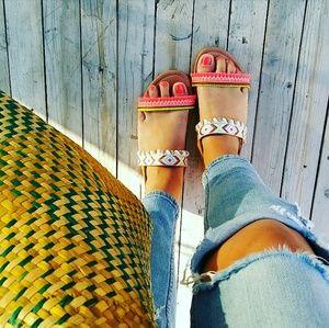 //The Adriana// Camel Aztec print Sandal