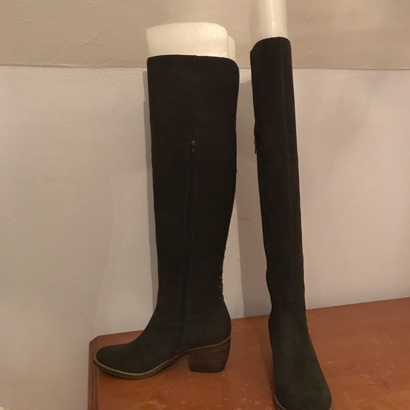 e3b0cde6923 Lucky brand size 8 khlonn over the knee boots