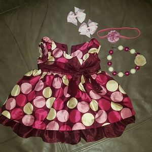 Bonnie Baby Other - Dress , Gumball necklace, headband & bows Set