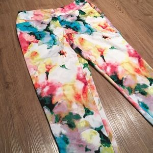Floral Capri dress pants