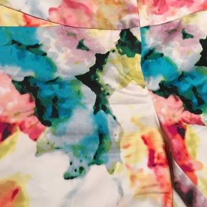 Worthington Pants - Floral Capri dress pants