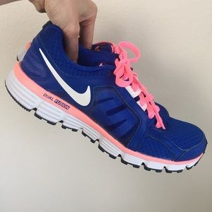Like NEW Nike training shoes cobalt w neon pink