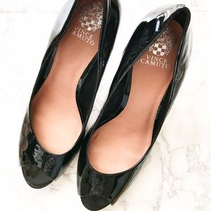 Vince Camuto Shoes - Vince Camuto classic black Peep Toe Pumps heels