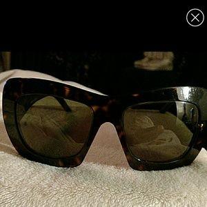 Giorgio Armani Accessories - Giorgio Armani sun glasses