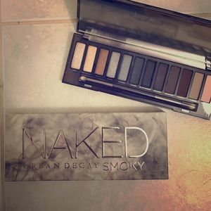Urban Decay Other - Urban Decay Named Smoky Eyeshadow Palette