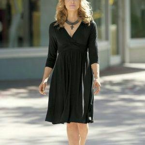 Monroe and Main Dresses & Skirts - New!🎉🎇Plus Monroe & Main Slimming & Sassy Dress