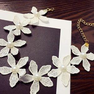 Pearl Flower Choker Necklace