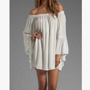 Dresses & Skirts - White open shoulder mini dress