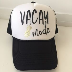 Friday Apparel Accessories - Vacay Mode Hat with Gold Pineapple