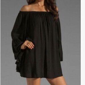Dresses & Skirts - Black open shoulder mini dress