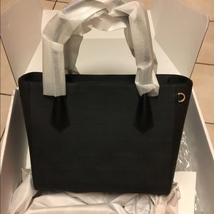Dagne Dover Handbags - Brand New Dagne Dover Legend Tote
