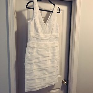 Monique Lhuillier Dresses & Skirts - NEW Monique Lhuillier White Dress