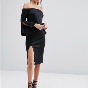 New Look Dresses & Skirts - Split Sleeve Bardot Bodycon Dress - Size 6
