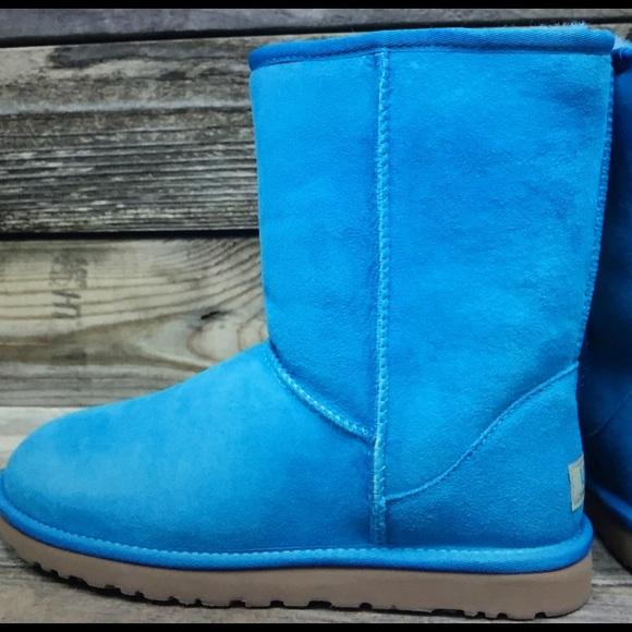 78d90126a67 UGG Classic Short Surf Blue Sheepskin Boot 7 Boutique