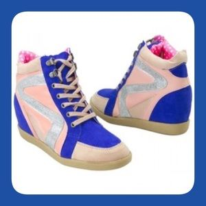 Qupid Shoes - Pink/Cobalt Blue Glitter Wedge Sneakers