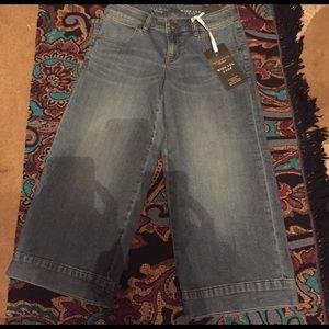 Women's wide leg crop jeans 0R the limited