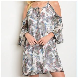 3/4 bell sleeve cold shoulder printed tunic dress