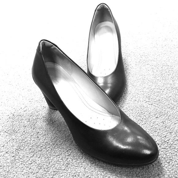 Ecco Shoes - Ecco Pumps