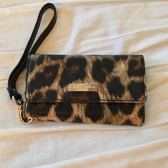 huge discount 82c0d 13b3e Kate Spade Leopard iPhone/Cardholder Case