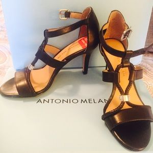 ANTONIO MELANI Shoes - Antonio Melani sandals.