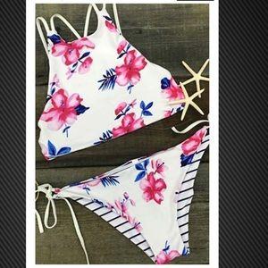 Reversible floral/stripped high neck bikini!