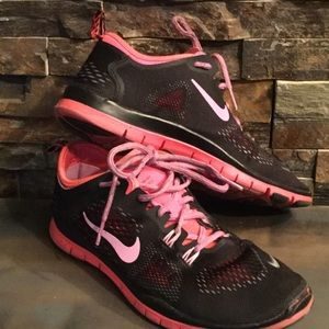 Nike Free TR Fit Running/Tennis Shoes 8.5