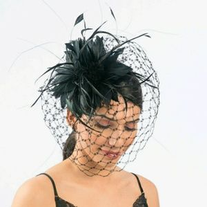 Accessories - Black Feather Veil Comb Derby Church Fascinator