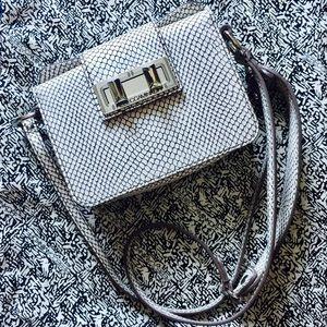 Rebecca Minkoff Handbags - NWOT Rebecca Minkoff Crossbody Bag